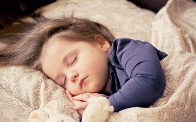 Massage bébé pour favoriser son développement et son bien-être